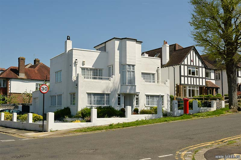 Art deco house in Hove Park