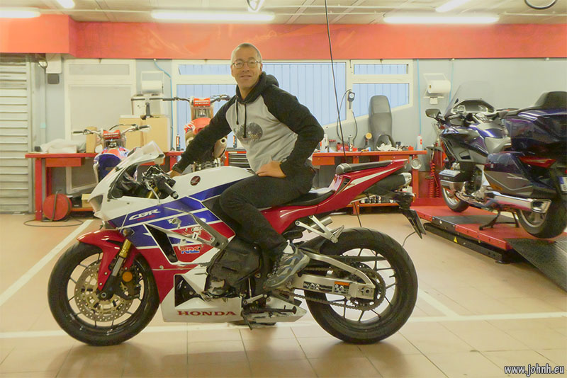 Visiting my CBR600RR in the workshop